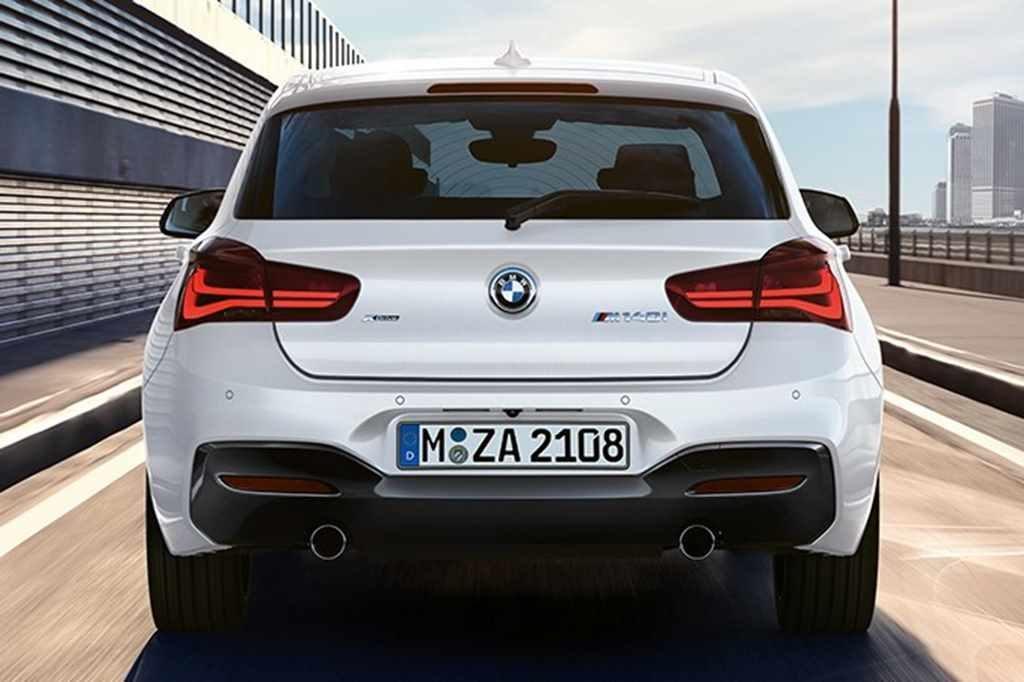 BMW1(後ろ)