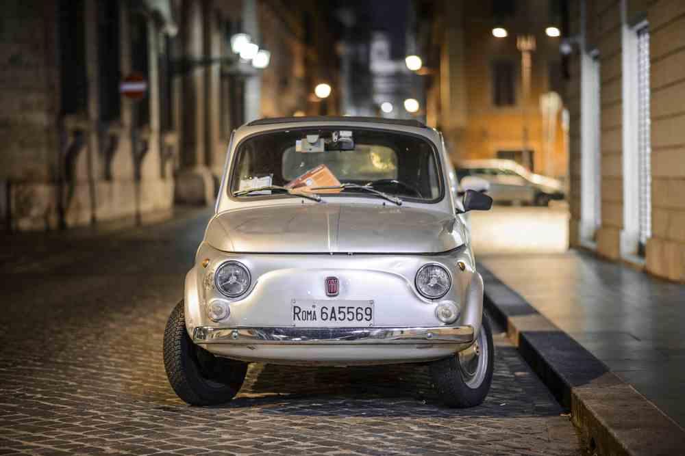 ブログ記事 車のイメージ写真